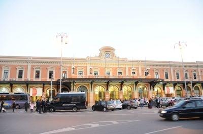 バーリ中央駅