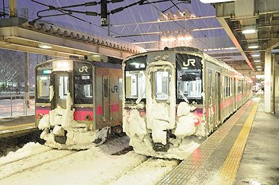 雪の新庄駅
