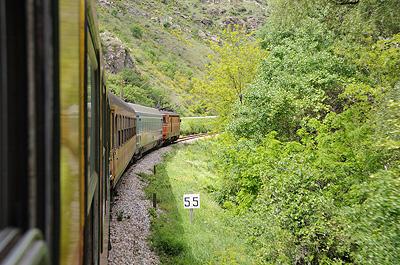 マケドニア鉄道の車窓