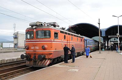 オリンパス号(マケドニア・スコピエ駅)