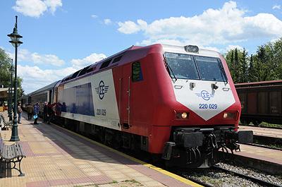 ギリシャ国鉄220型電気式ディーゼル機関車