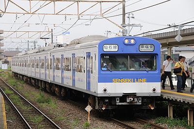 陸前高砂駅の103系