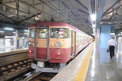 福井駅475系(国鉄色)