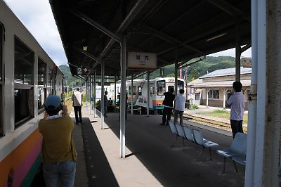 山形鉄道宮内駅