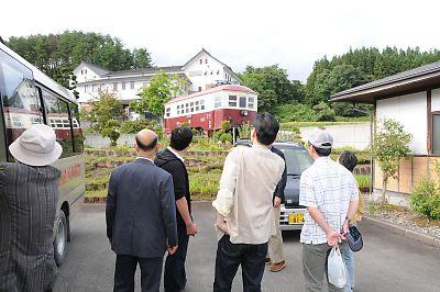 山形交通旧三山線モハ103保存車