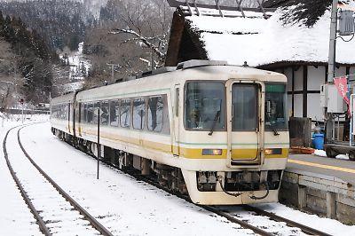会津鉄道・湯野上温泉キハ8500