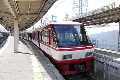 西鉄大牟田駅8000形
