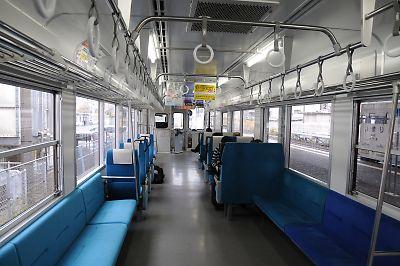 松浦鉄道MR600車内