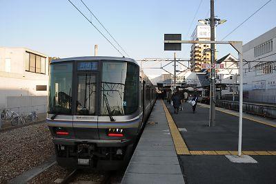 223系と115系(播州赤穂駅)