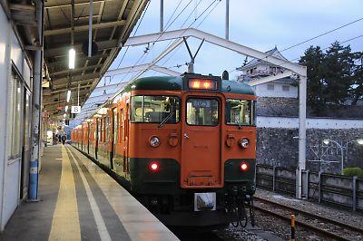 115系国鉄色(福山駅 9