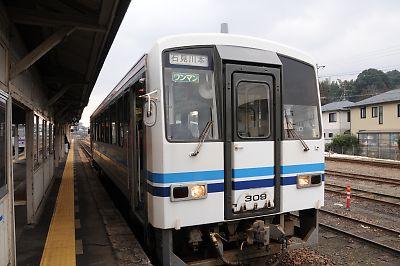 キハ120(三次駅)