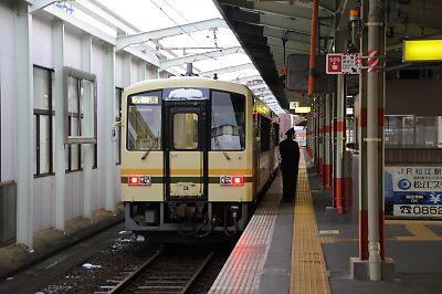 キハ120の2両(松江駅)