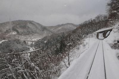 雪の木次線とおろちループ