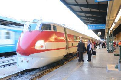 イタリアの鉄道(ETR450/バーリ中央駅)