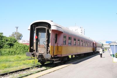 アルバニア国鉄・古典客車(ドゥラス駅)