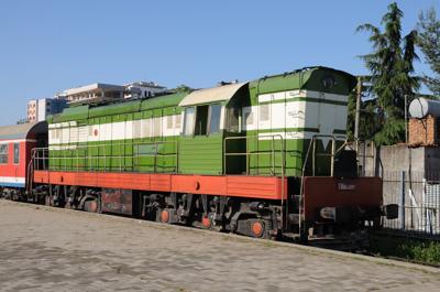 アルバニア国鉄・T669型ディーゼル機関車(ティラナ駅)