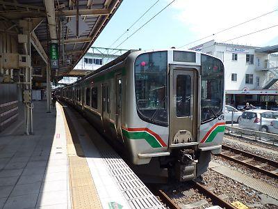 仙山線E721