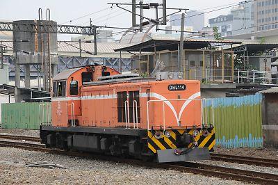 DHL100型機関車(台湾/高雄駅)