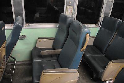 DR2700型気動車車内