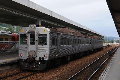 DR2700(台東駅/台湾)