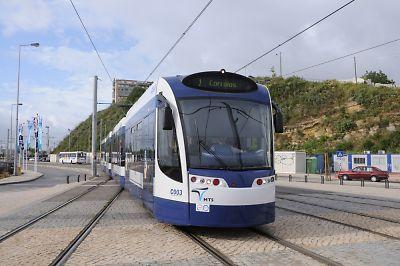 リスボン郊外のLRT