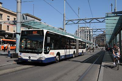 ジュネーブのバス・LRT共通乗り場