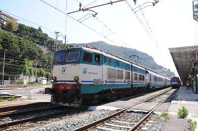 IC653~654列車(ヴェンティミーリア駅)