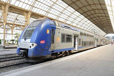 SNCF・Z26500形交直流電車(Nice ville駅)