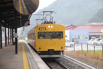 115系(新見駅)