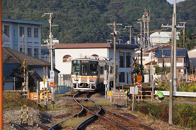 キハ127系(姫新線・太市駅)