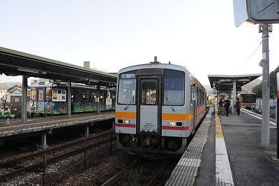 キハ120形(佐用駅)