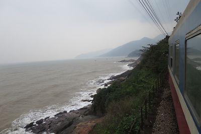 ベトナム鉄道絶景ルート・ハイヴァン峠