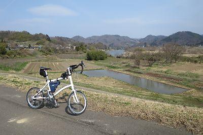 ロードに誘われ一緒に阿武隈川へby Dahon Dash x20