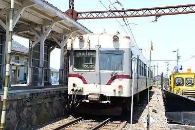 富山地方鉄道14720形(岩峅寺駅)