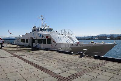 シイライン・ポーラースター(青森港)