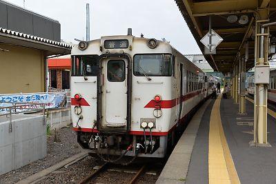 キハ40系(八戸線・久慈駅)
