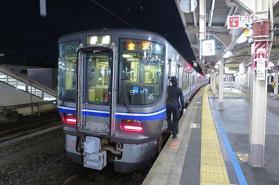 北陸線・521系(敦賀駅)