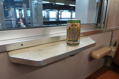 北陸線・475系車内(金沢駅)