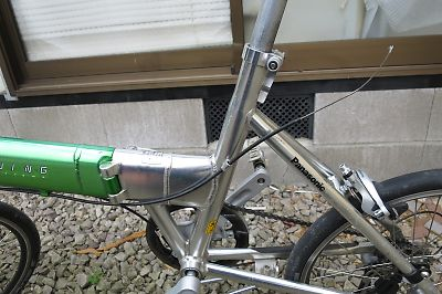 ライトウイングの改造/ブレーキレバーとワイヤーの取り付け
