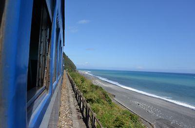 普快3671列車の車窓