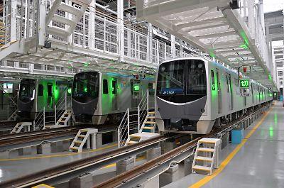 仙台市営地下鉄・荒井車庫と2000系