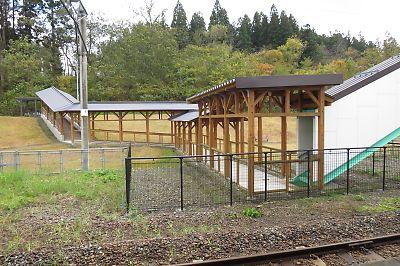 奥羽本線・真室川駅(山形県)