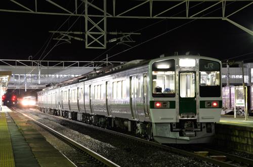 719系8連(2576M)