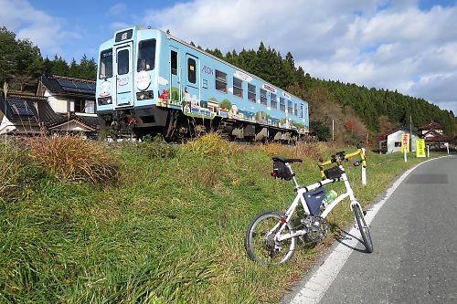 三陸鉄道南リアス線と自転車