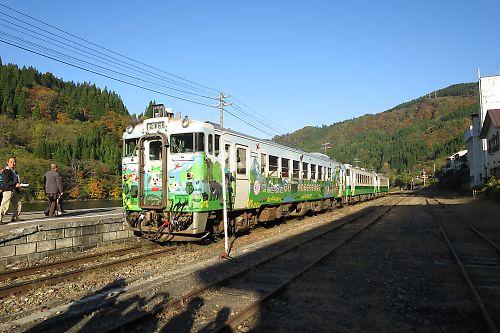 只見線キハ40(会津川口駅)