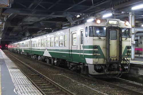 男鹿線キハ40系5連(1143D/秋田駅)