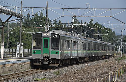 701系6両編成(黒田原駅)