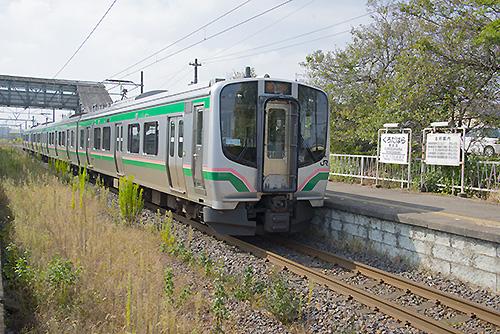 E721系4両編成(黒田原駅)