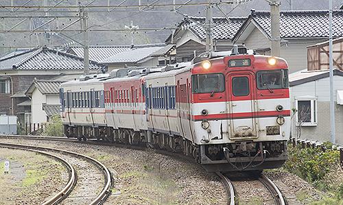 825D羽越本線キハ478(鼠ヶ関)