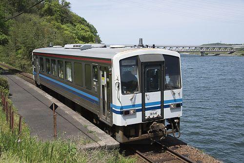 三江線キハ120